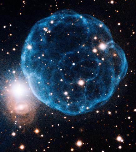 soccer-ball-galaxy-found_37839_big[1].jpg